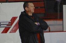 Denis Savard entraineur des Rafales de la Mauricie Midget A