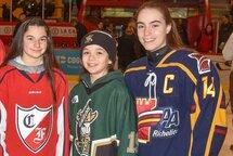 3 filles de la Région Richelieu su l'Équipe Étoile féminine au tournoi Pee-wee de Québec