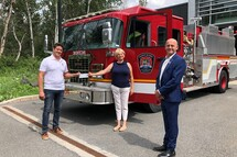 It is with great pleasure that David Paré, firefighter and administrator on the Board of Directors of the North American Police&Fire Games, presented a cheque in the amount of $7,725 to Mrs. Marie-josée Chalifour in support of the Fondation des pompiers du Québec pour les grands brulés, in the company of David Saint-Jean, president of L'APPAL (Association des pompiers et pompières de l'agglomération de Longueuil). This donation was made possible thanks to the generosity of all those who registered for JNAPP2020 and in collaboration with the City of Longueuil.  On video, Ms. Chalifour, Western Quebec Director of the Fondation des pompiers du Québec pour les grands brulés, expresses her gratitude : https://youtu.be/X7_NESft89c