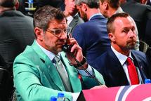 L'état-major des 32 formations de la Ligue nationale, dont Marc Bergevin et Trevor Timmins du Canadien, ont dû composer avec tout un casse-tête pour bien épier et évaluer les meilleurs espoirs en vue de la séance de sélection 2021 de la LNH.