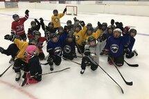 On se prépare pour le programme Novice demi-glace à Hockey Gaspésie les Îles