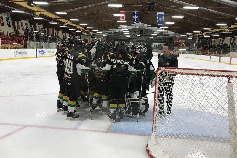 Les Laurentides et l'Outaouais ont rendez-vous en finale du hockey féminin aux Jeux du Québec