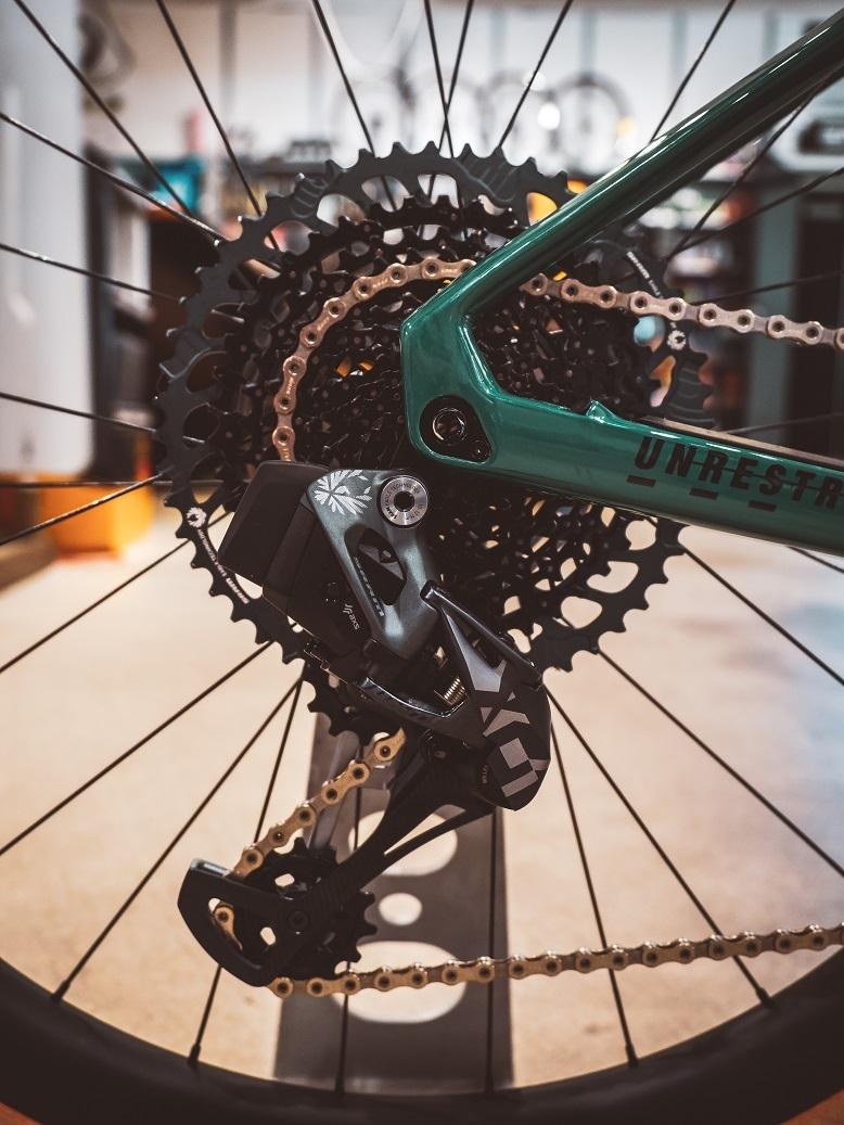 SRAM AXS X01 mountain bike shifter